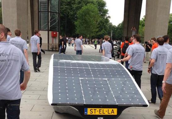 世界首辆太阳能家用车面世-广州磐众智能科技有限公司