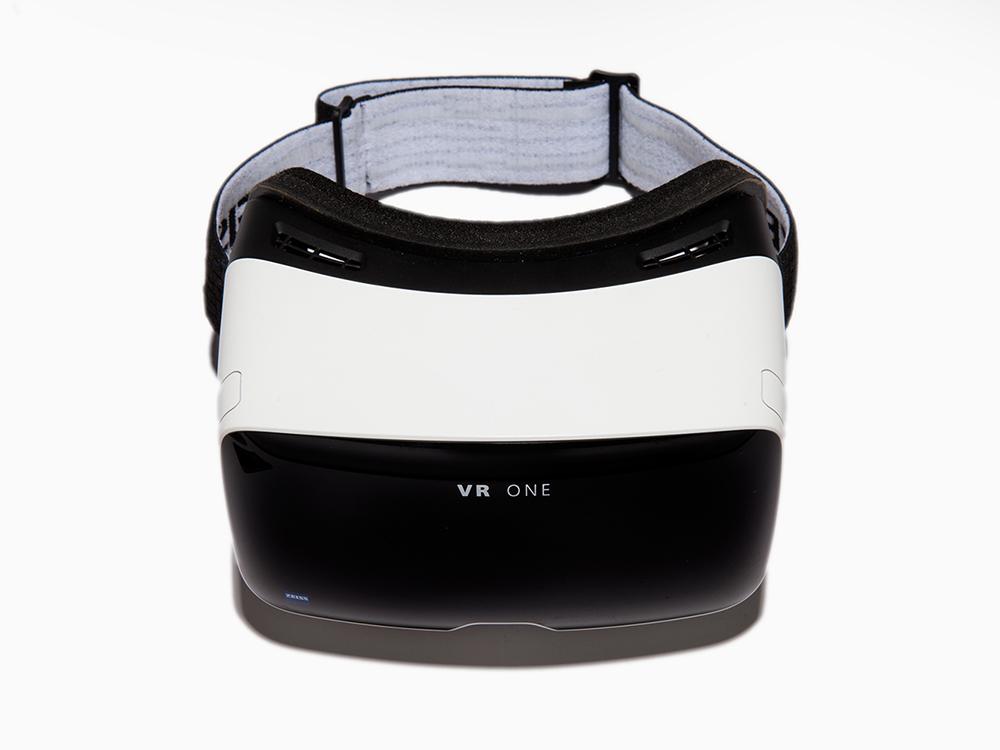 卡尔蔡司发布虚拟现实眼镜VR One-广州磐众智能科技有限公司