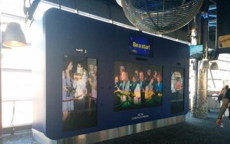 多伦多电影院可体验视频墙造就虚拟狗仔队-广州磐众智能科技有限公司
