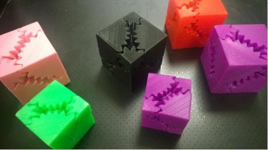 它能让你把3D打印废料变原料-广州磐众智能科技有限公司