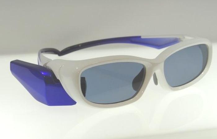 东芝眼镜设备,比Google Glass简单直接-广州磐众智能科技有限公司